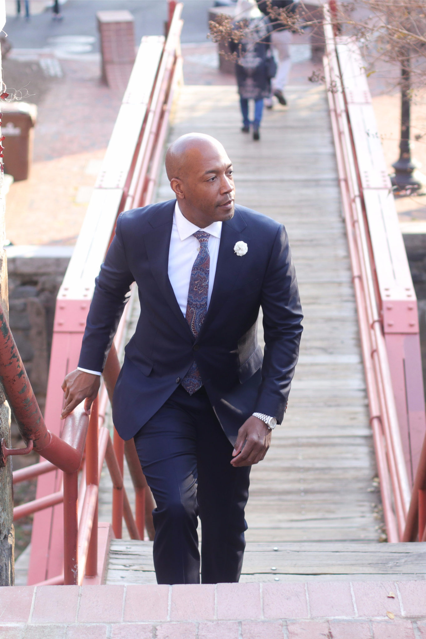 The navy suit from Suit Supply in Georgetown - The DCFashion